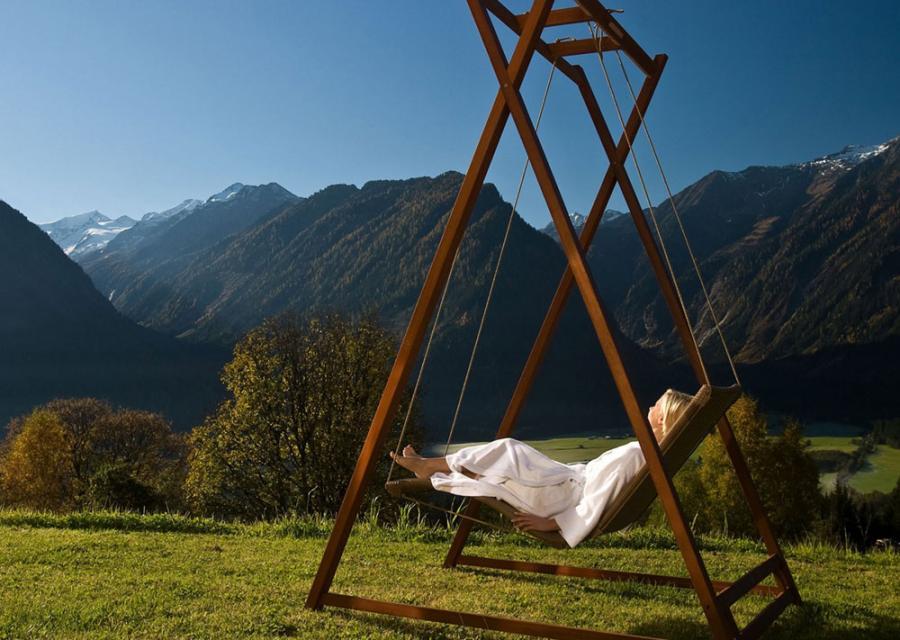 schwebeliege entspannung im alltag coco. Black Bedroom Furniture Sets. Home Design Ideas
